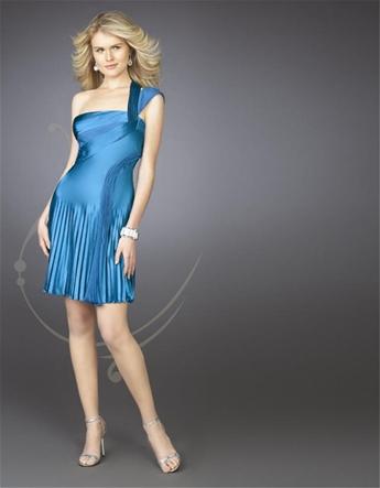 Одевалка коротких платьев