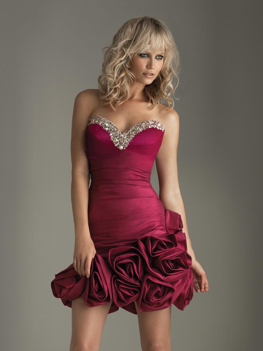 Спрос на вечерние платья