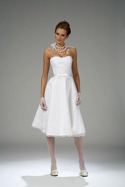 Короткие платья 9d05446d5eecd84dc11aed2d438451ff